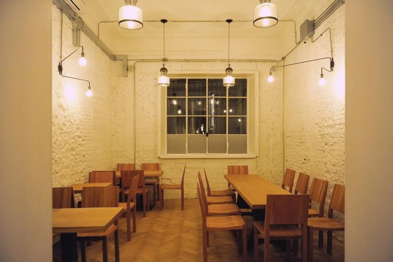 Tokyo Table - Alberto Muselli Oggettistica